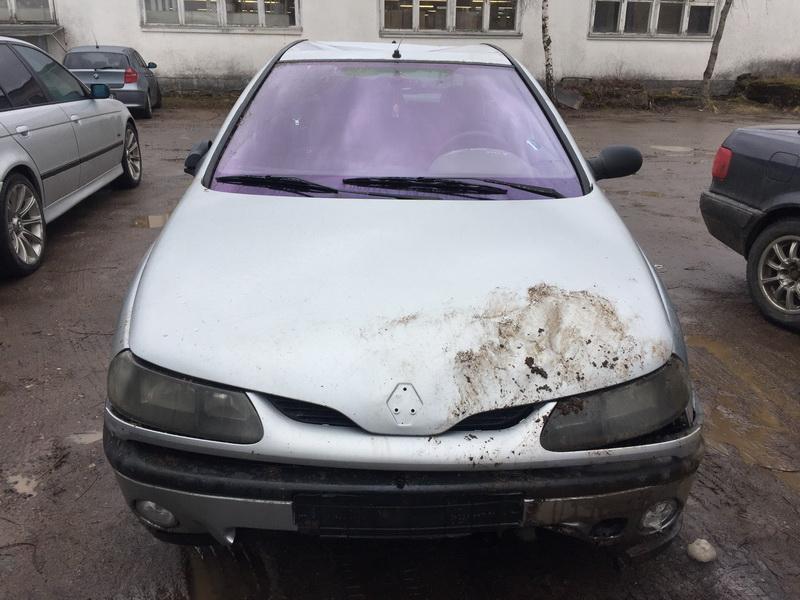 Naudotos automobilio dalys Renault LAGUNA 1999 2.0 Automatinė Hečbekas 4/5 d. Pilka 2019-3-05