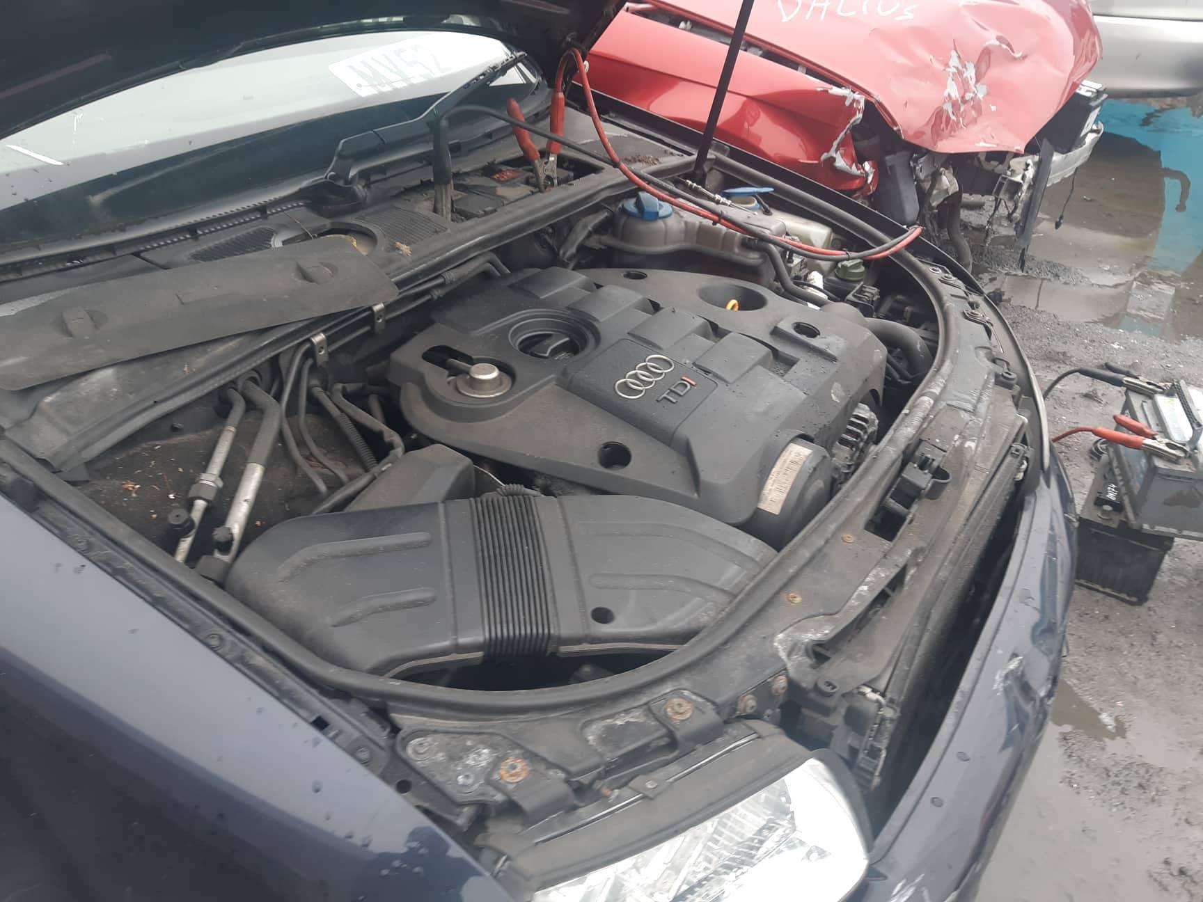 Naudotos automobiliu dallys Foto 5 Audi A4 2002 1.9 Mechaninė Sedanas 4/5 d. Melyna 2019-3-07 A4353