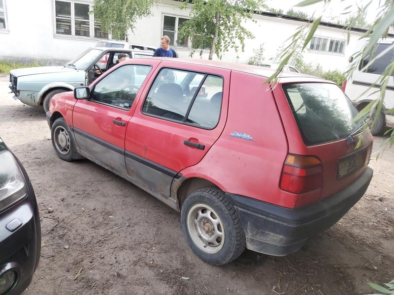 Naudotos automobiliu dallys Foto 4 Volkswagen GOLF 1993 1.9 Mechaninė Hečbekas 4/5 d. Raudona 2020-8-01 A5482