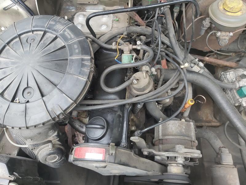 Naudotos automobiliu dallys Foto 2 Audi 80 1988 1.8 Mechaninė Sedanas 4/5 d. Zalia 2020-6-30 A5390