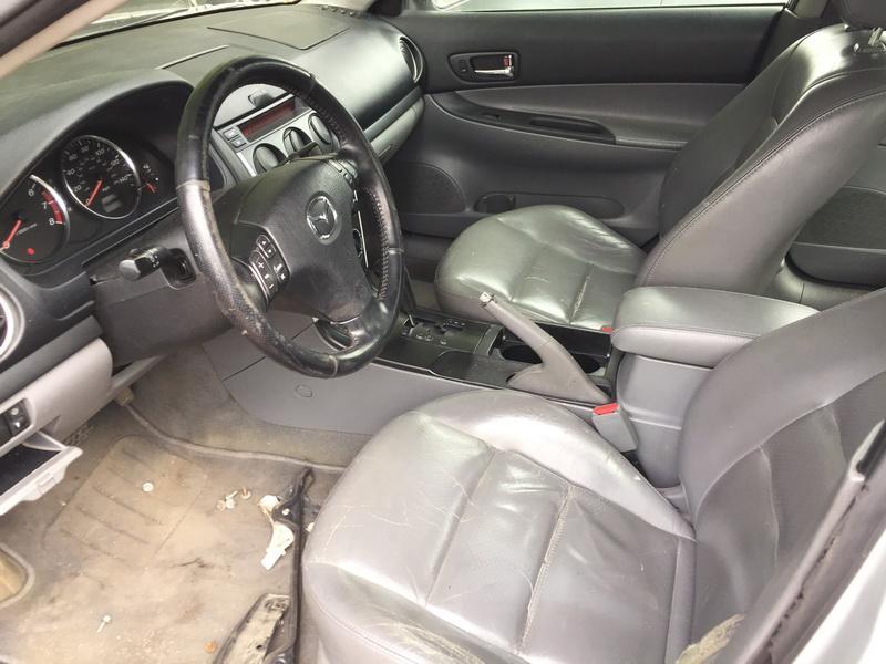 Naudotos automobiliu dallys Foto 4 Mazda 6 2002 2.3 Automatinė Sedanas 4/5 d. Sidabrine 2018-6-12 A3860
