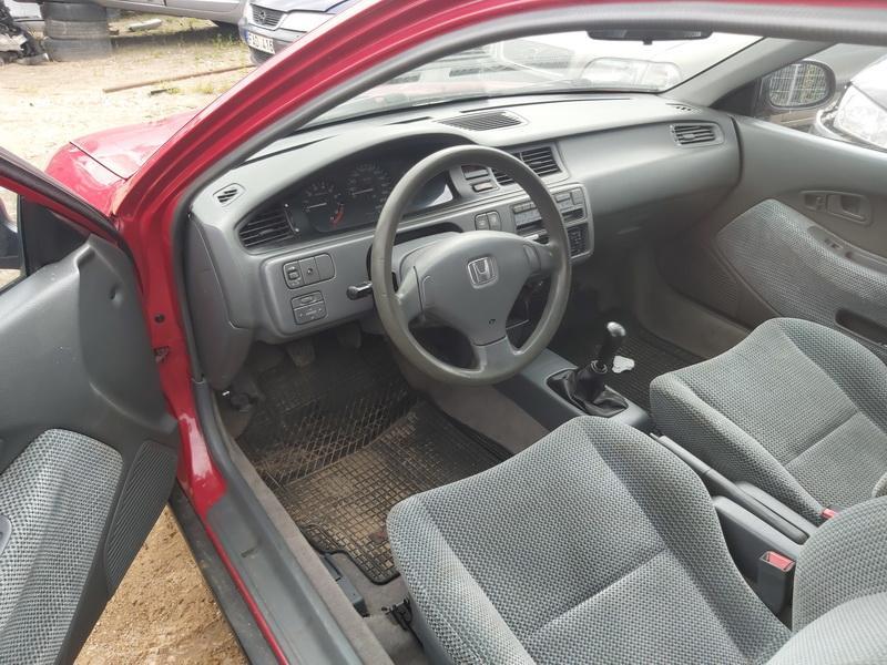 Used Car Parts Foto 6 Honda CIVIC 1993 1.5 Mechanical Hatchback 2/3 d. Red 2020-7-30 A5480