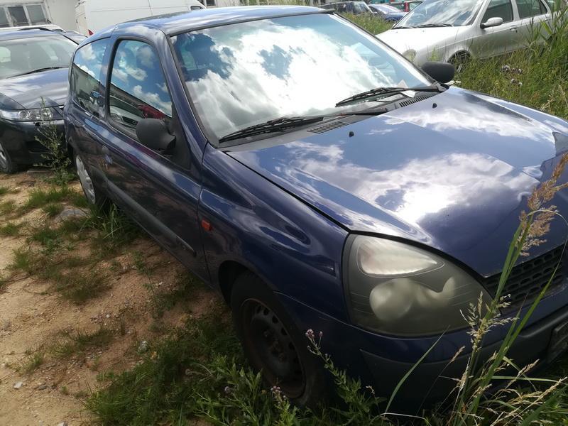 Naudotos automobiliu dallys Foto 3 Renault CLIO 2002 1.2 Mechaninė Hečbekas 2/3 d. Melyna 2019-7-03 A4603