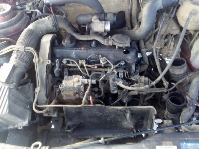 Naudotos automobiliu dallys Foto 4 Volkswagen PASSAT 1995 1.9 Mechaninė Universalas 4/5 d. Raudona 2018-2-22 A3640