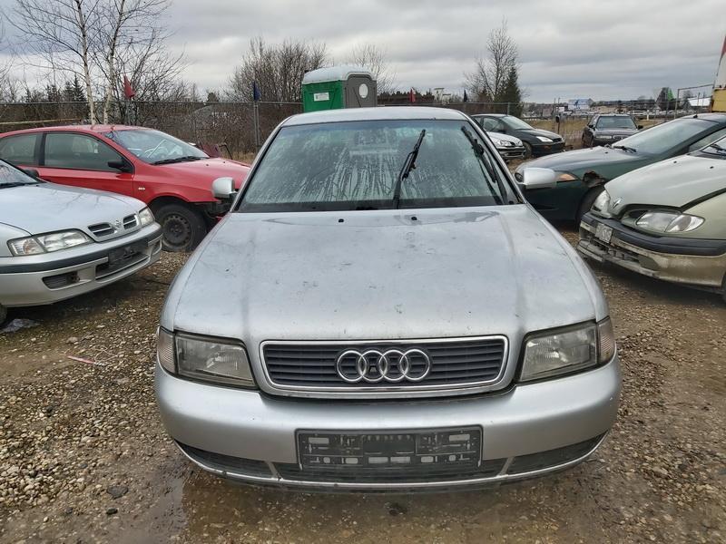 Naudotos automobiliu dallys Foto 3 Audi A4 1998 2.5 Mechaninė Sedanas 4/5 d. Sidabrine 2020-2-27 A5104
