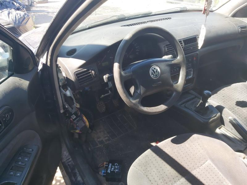 Naudotos automobiliu dallys Foto 5 Volkswagen PASSAT 1999 1.9 Mechaninė Sedanas 4/5 d. Melyna 2020-7-29 A5477