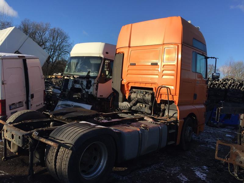 Naudotos automobiliu dallys Foto 9 Truck - MAN TGA 2002 12.0 Mechaninė Vilkikas 2/3 d. Oranzine 2018-11-27 A4212