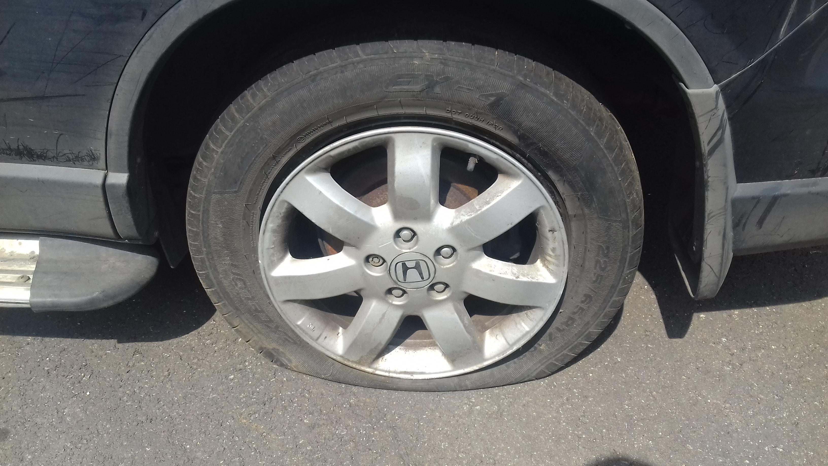 Naudotos automobiliu dallys Foto 5 Honda CR-V 2009 2.2 Mechaninė Visureigis 4/5 d. Juoda 2019-7-31 A4671