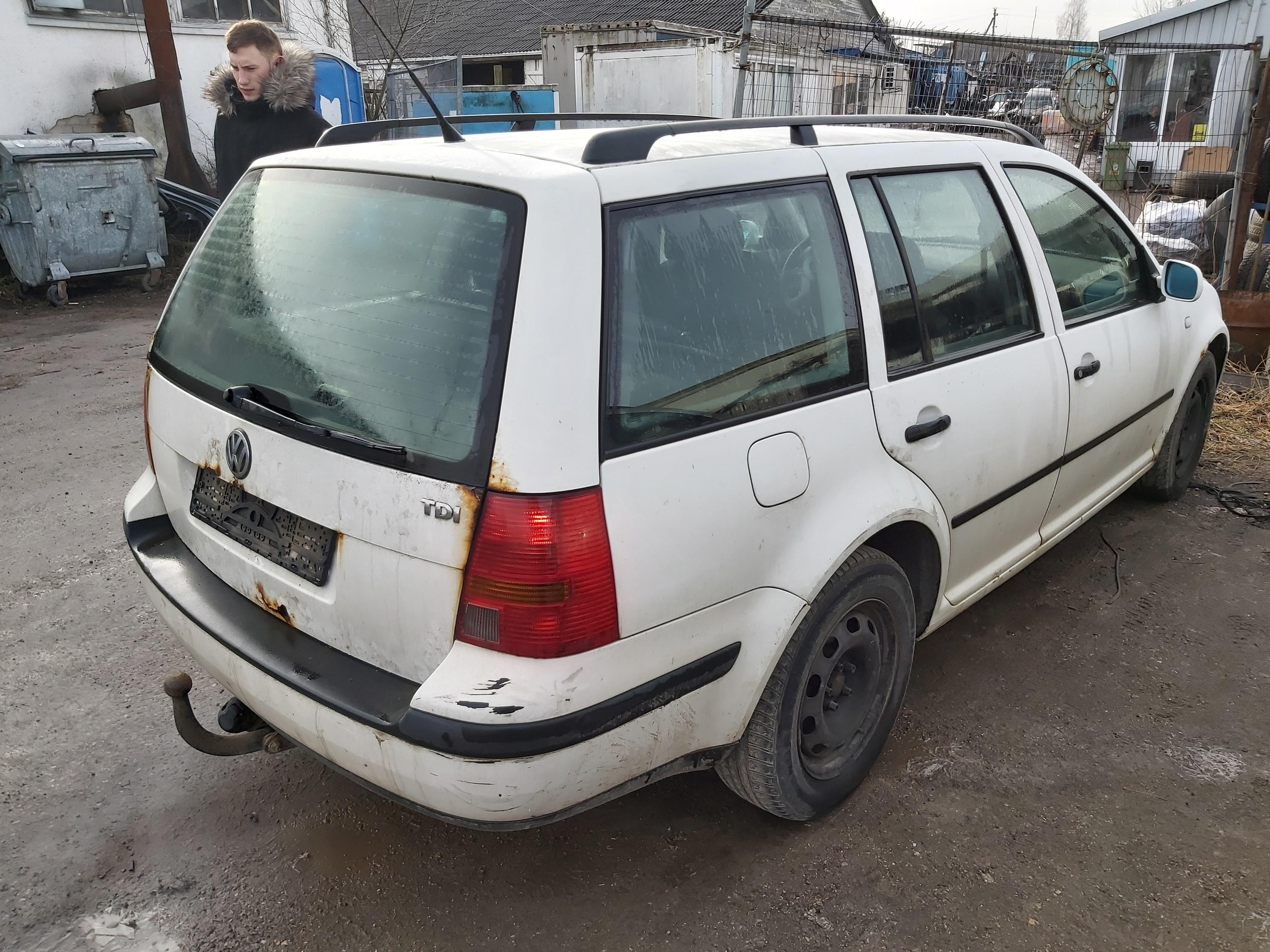 Подержанные Автозапчасти Foto 8 Volkswagen GOLF 2000 1.9 машиностроение универсал 4/5 d. белый 2020-2-14 A5072