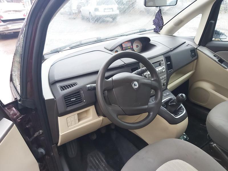 Naudotos automobilio dalys Lancia MUSA 2006 1.9 Mechaninė Vienatūris 4/5 d. Raudona 2020-1-27