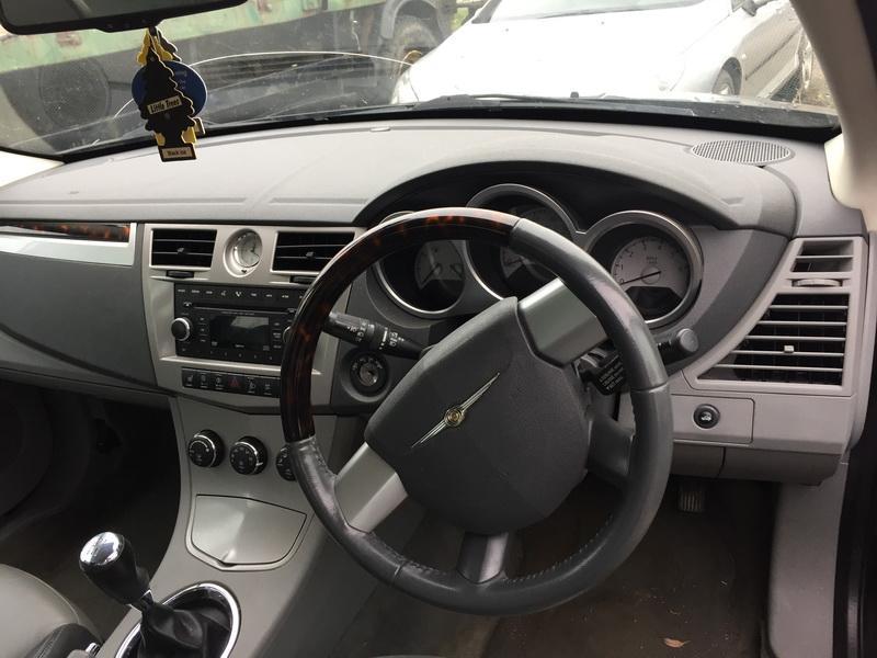 Naudotos automobiliu dallys Foto 4 Chrysler SEBRING 2009 2.0 Mechaninė Sedanas 4/5 d. Juoda 2018-10-30 A4156