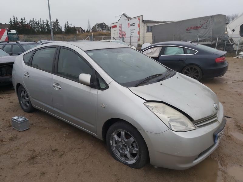 Naudotos automobilio dalys Toyota PRIUS 2003 1.5 Automatinė Hečbekas 4/5 d. Sidabrine 2020-11-17