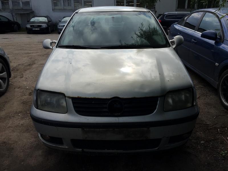 Volkswagen POLO 2000 1.4 машиностроение
