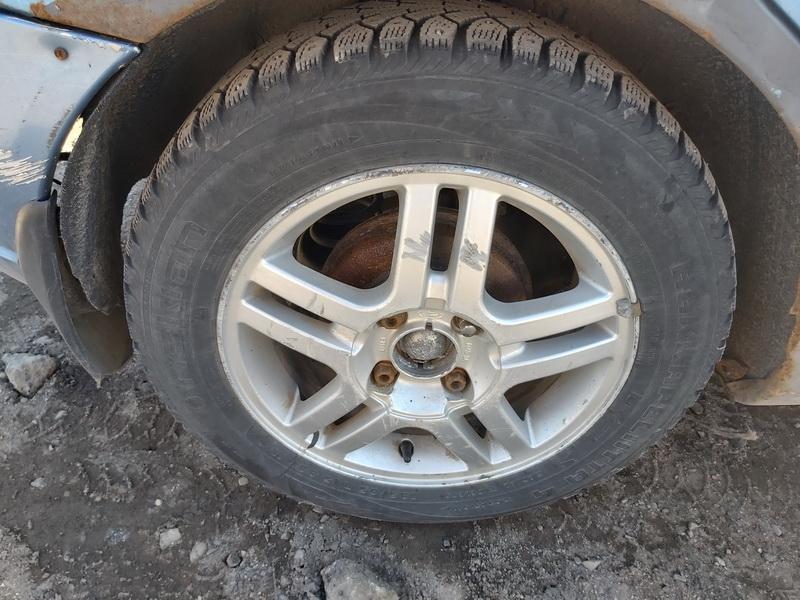 Naudotos automobiliu dallys Foto 9 Ford FOCUS 2003 1.6 Mechaninė Hečbekas 4/5 d. Melyna 2020-3-25 A5159