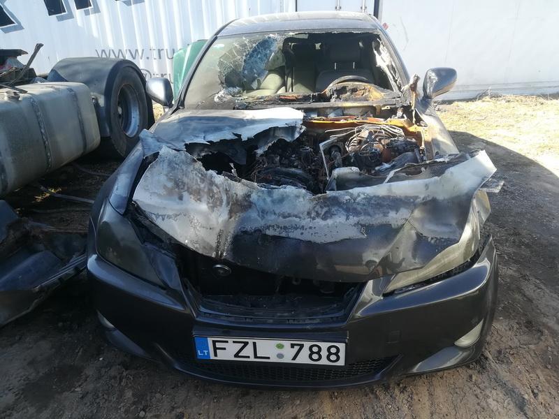 Naudotos automobilio dalys Lexus IS - CLASS 2006 2.2 Mechaninė Sedanas 4/5 d. Juoda 2019-4-02