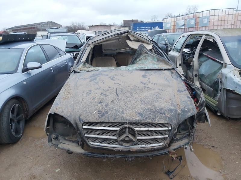 Mercedes-Benz ML-CLASS 2004 4.0 Automatinė