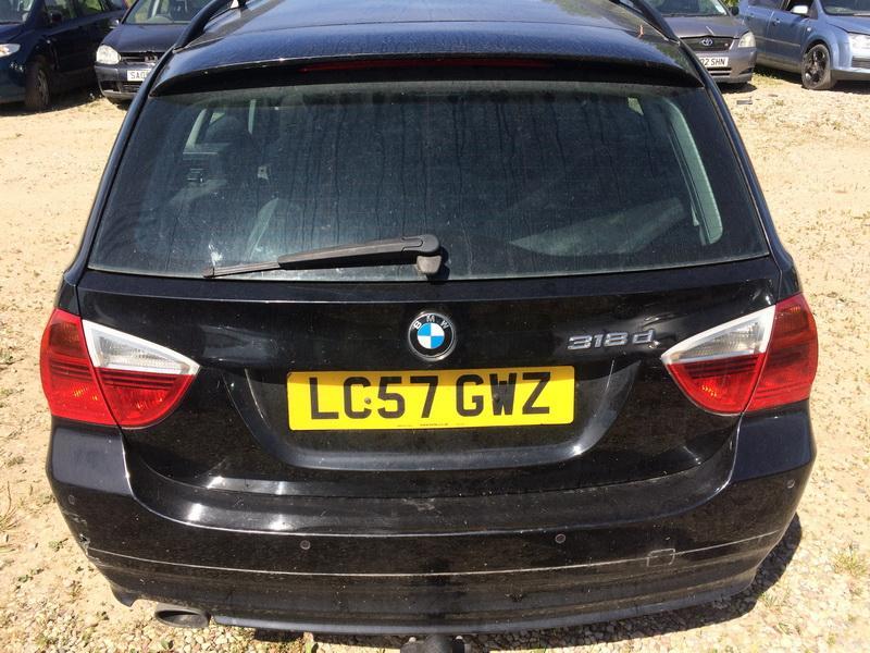 Naudotos automobiliu dallys Foto 5 BMW 3-SERIES 2007 1.8 Mechaninė Universalas 4/5 d. Juoda 2018-6-15 A3873
