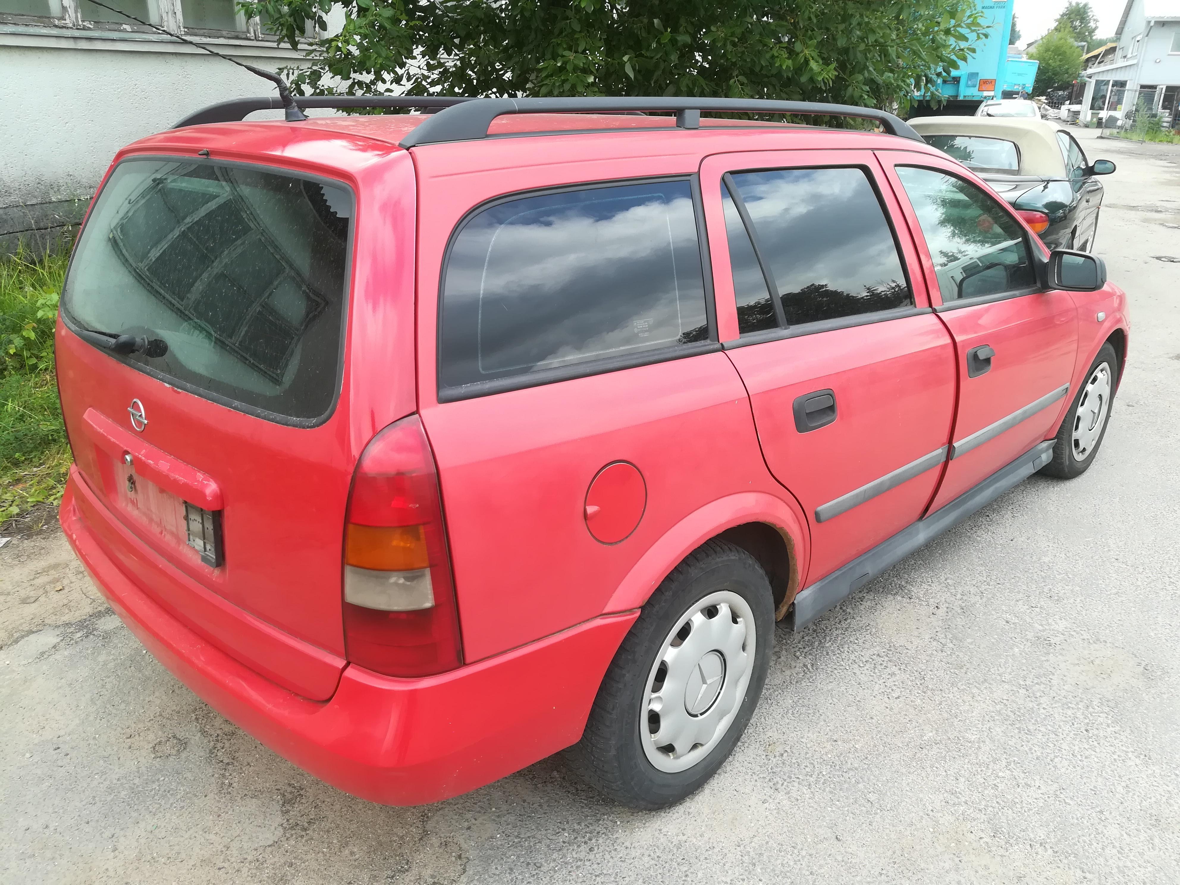 Naudotos automobiliu dallys Foto 5 Opel ASTRA 1999 2.0 Mechaninė Universalas 4/5 d. Raudona 2019-7-18 A4637