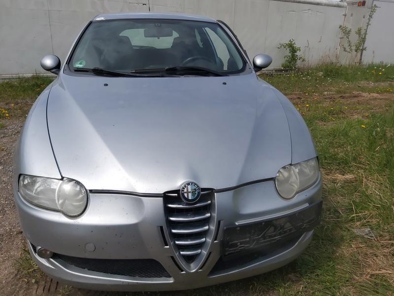 Naudotos automobiliu dallys Foto 3 Alfa-Romeo 147 2001 2.0 Mechaninė Hečbekas 2/3 d. Sidabrine 2020-5-19 A5290
