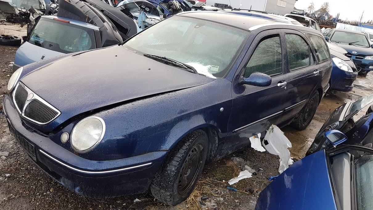 Naudotos automobilio dalys Lancia LYBRA 1999 1.9 Mechaninė Universalas 4/5 d. Melyna 2017-2-23