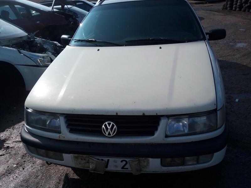 Naudotos automobiliu dallys Foto 2 Volkswagen PASSAT 1994 1.9 Mechaninė Universalas 4/5 d. Balta 2018-3-31 A3680