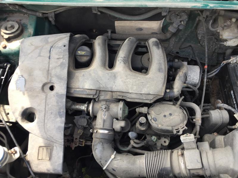 Naudotos automobiliu dallys Foto 2 Peugeot PARTNER 2004 1.9 Mechaninė Komercinis 4/5 d. Zalia 2018-7-23 A3966