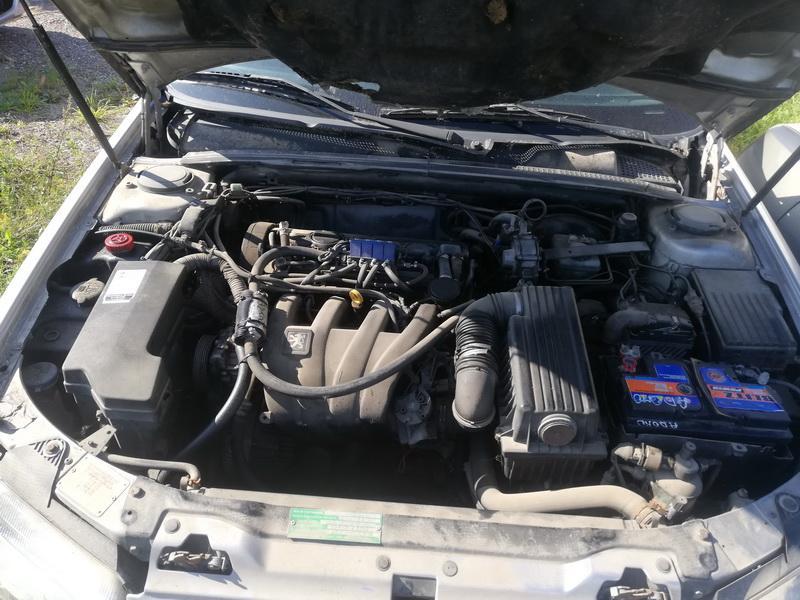 Naudotos automobiliu dallys Foto 2 Peugeot 406 1997 2.0 Automatinė Universalas 4/5 d. Pilka 2019-8-26 A4715