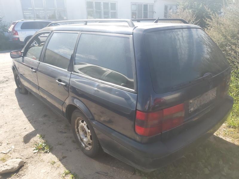 Naudotos automobilio dalys Volkswagen PASSAT 1996 1.9 Mechaninė Universalas 4/5 d. Melyna 2020-8-15