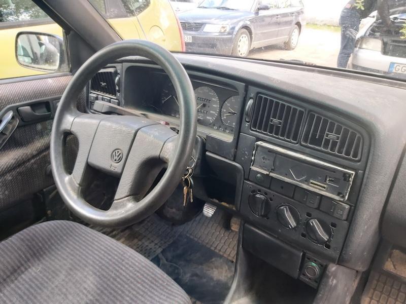 Naudotos automobiliu dallys Foto 9 Volkswagen PASSAT 1993 1.9 Mechaninė Universalas 4/5 d. Balta 2020-5-18 A5286