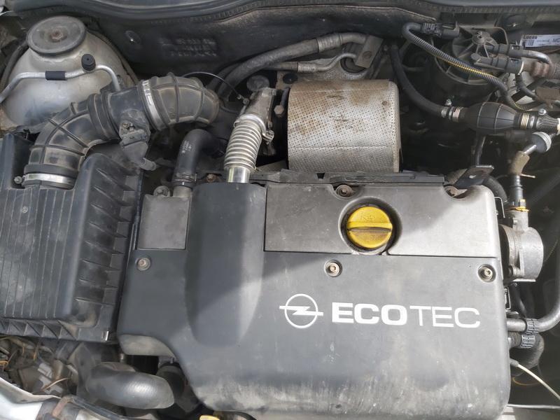 Naudotos automobiliu dallys Foto 2 Opel ASTRA 1998 2.0 Mechaninė Universalas 4/5 d. Pilka 2020-7-28 A5465