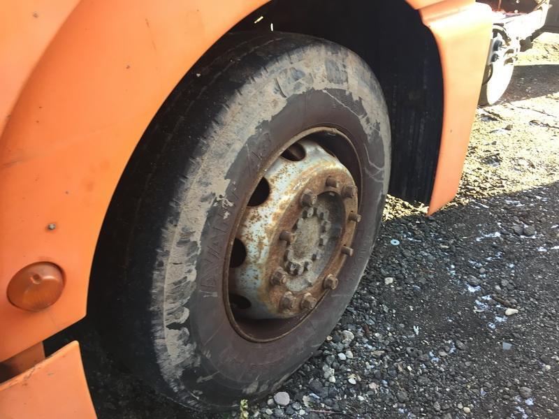 Naudotos automobiliu dallys Foto 4 Truck - MAN TGA 2002 12.0 Mechaninė Vilkikas 2/3 d. Oranzine 2018-11-27 A4212