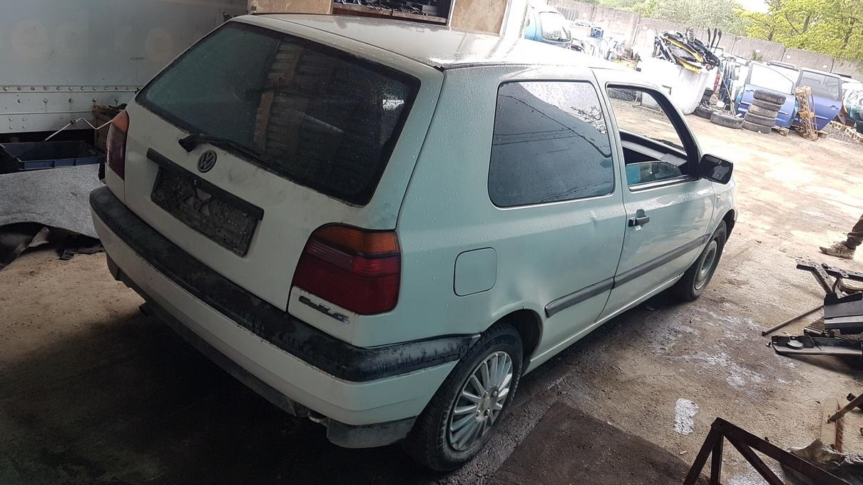 Naudotos automobilio dalys Volkswagen GOLF 1993 1.9 Mechaninė Hečbekas 2/3 d. Balta 2017-5-31