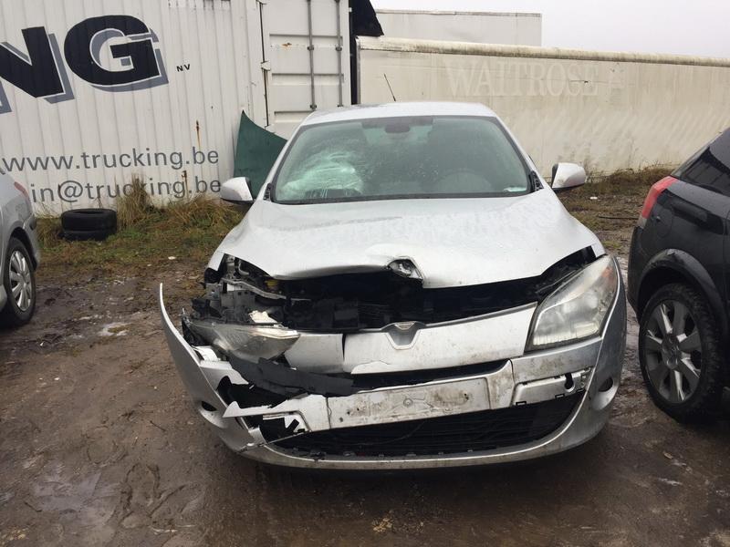 Naudotos automobilio dalys Renault MEGANE 2012 1.5 Mechaninė Hečbekas 4/5 d. Pilka 2018-12-08
