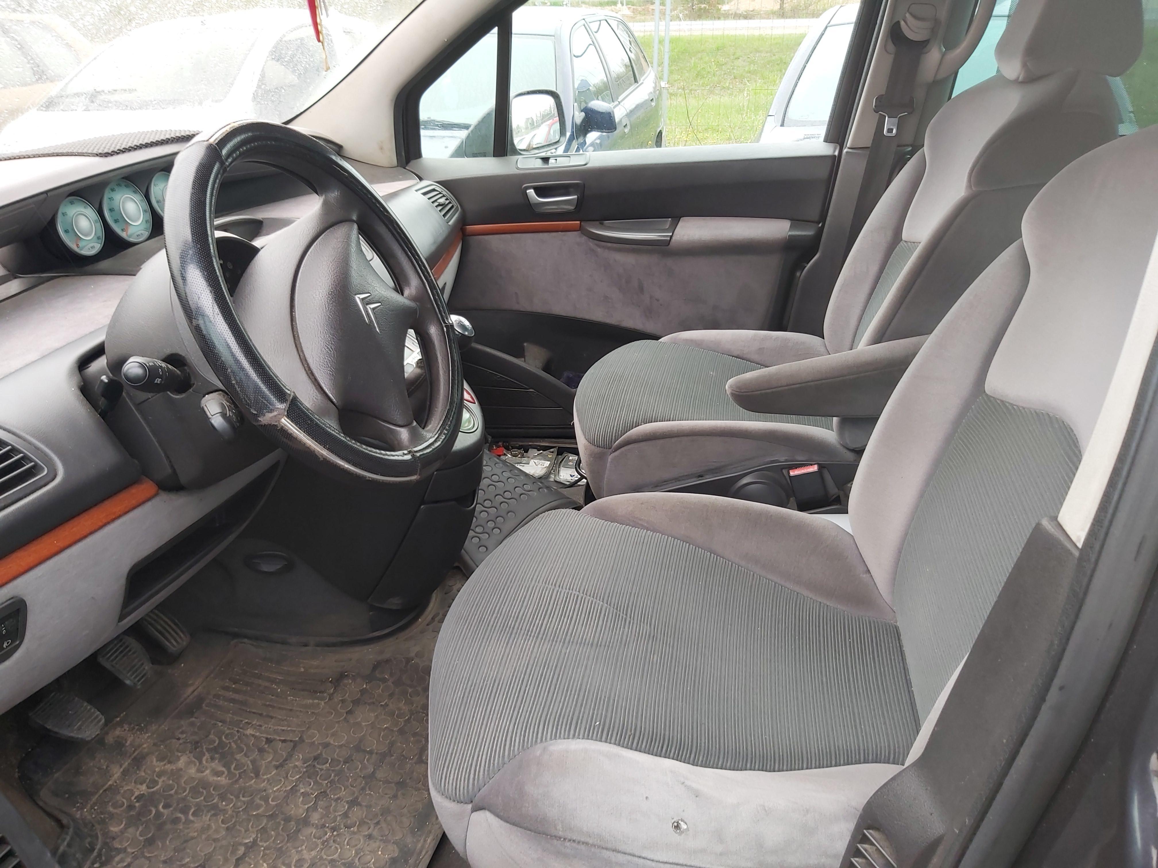 Naudotos automobilio dalys Citroen C8 2002 2.0 Mechaninė Vienatūris 4/5 d. Juoda 2020-5-05