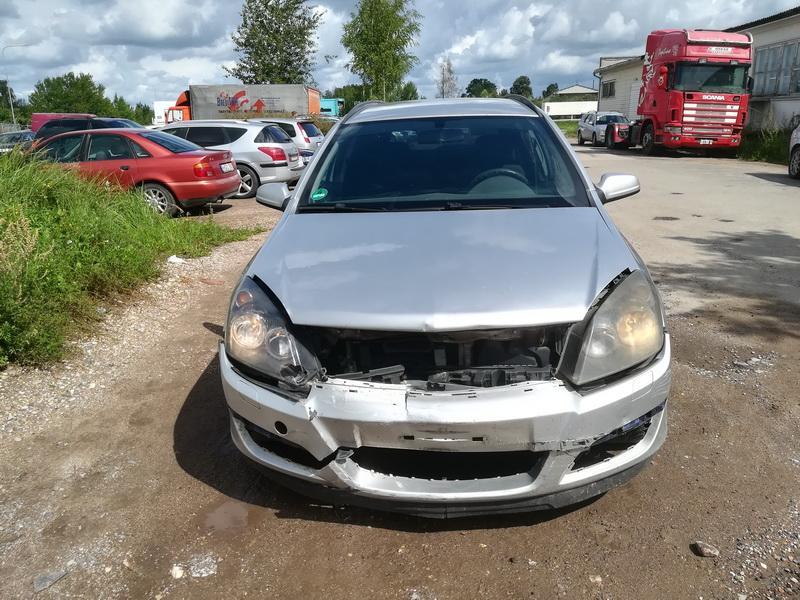 Naudotos automobilio dalys Opel ASTRA 2006 1.9 Mechaninė Universalas 4/5 d. Sidabrine 2019-8-09