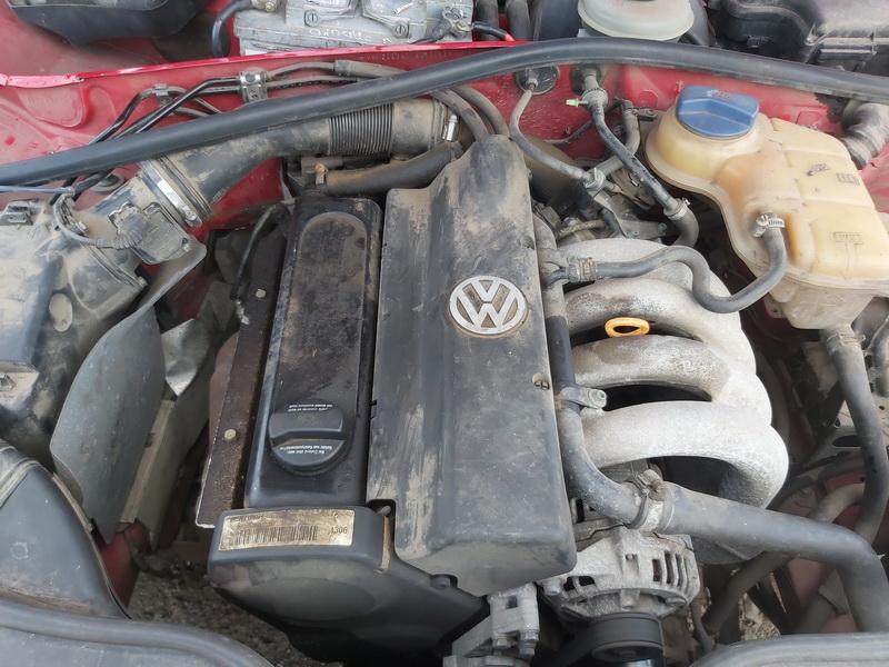 Naudotos automobiliu dallys Foto 2 Volkswagen PASSAT 1996 1.6 Mechaninė Universalas 4/5 d. Raudona 2020-6-23 A5380
