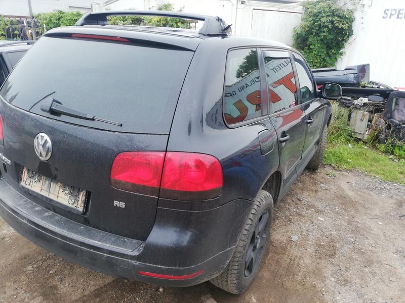 Naudotos automobilio dalys Volkswagen TOUAREG 2004 2.5 Automatinė Visureigis 4/5 d. Juoda 2019-8-13