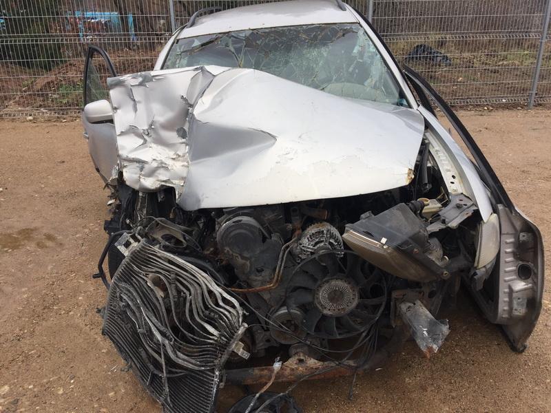 Naudotos automobilio dalys Volkswagen PASSAT 2000 1.9 Mechaninė Universalas 4/5 d. Sidabrine 2018-11-19