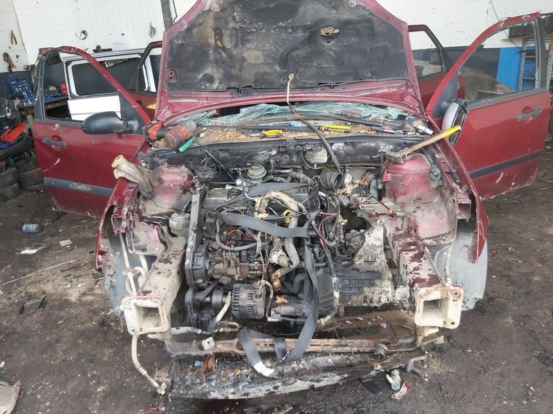 Naudotos automobiliu dallys Foto 8 Ford FOCUS 2002 1.8 Mechaninė Universalas 4/5 d. Vysnine 2020-4-21 A5229