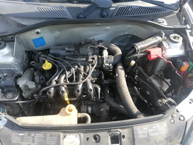 Naudotos automobiliu dallys Foto 2 Renault CLIO 2003 1.1 Mechaninė Hečbekas 4/5 d. Sidabrine 2019-9-09 A4739