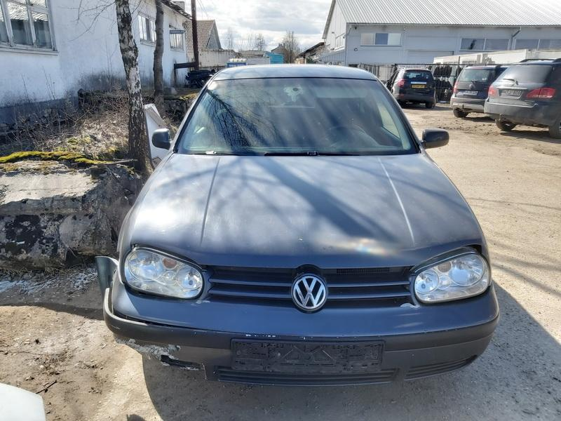 Naudotos automobiliu dallys Foto 3 Volkswagen GOLF 2000 1.9 Mechaninė Hečbekas 2/3 d. Pilka 2020-3-31 A5182