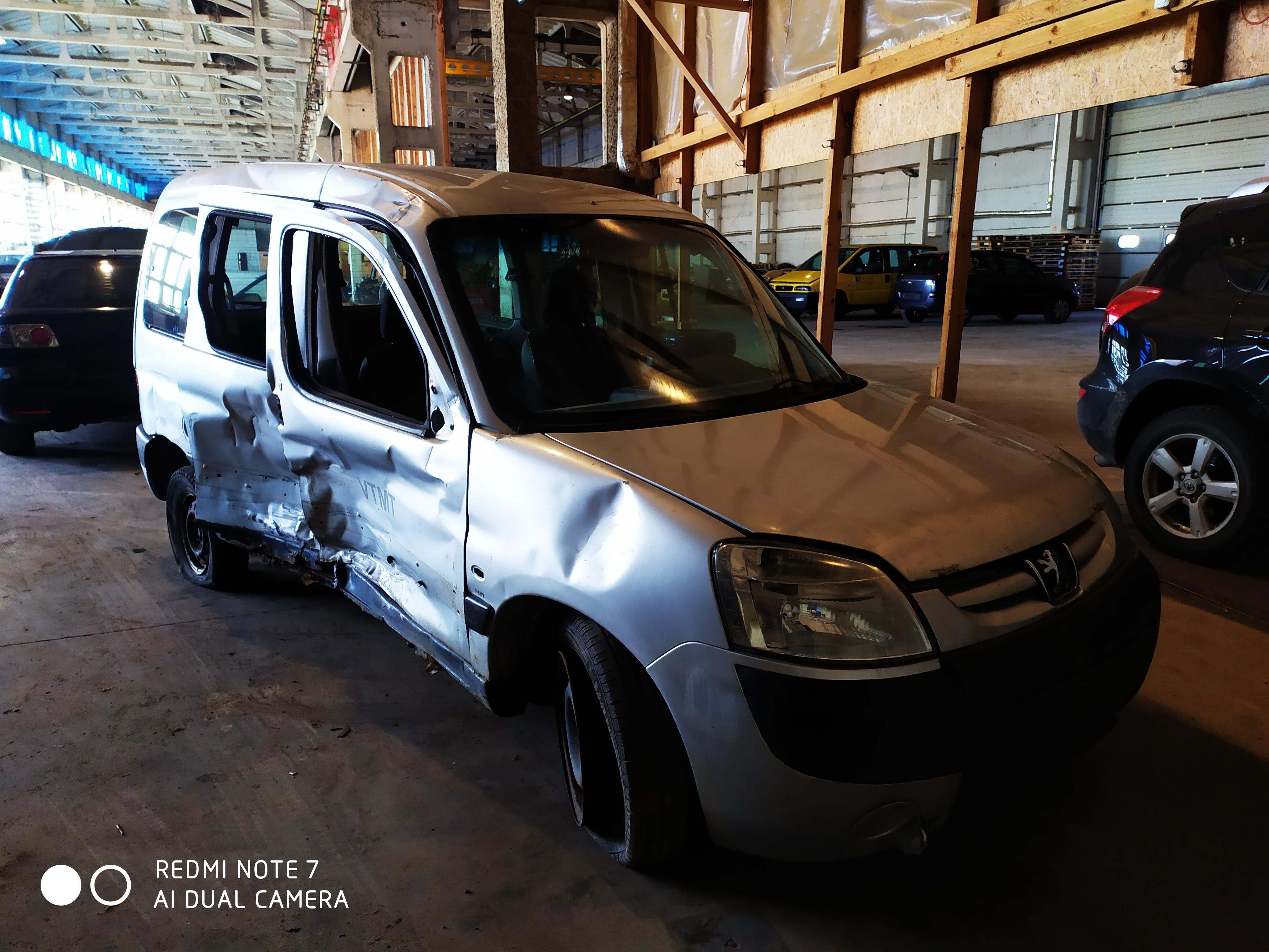 Naudotos automobilio dalys Peugeot PARTNER 2006 2.0 Mechaninė Komercinis 4/5 d. Sidabrine 2020-9-04