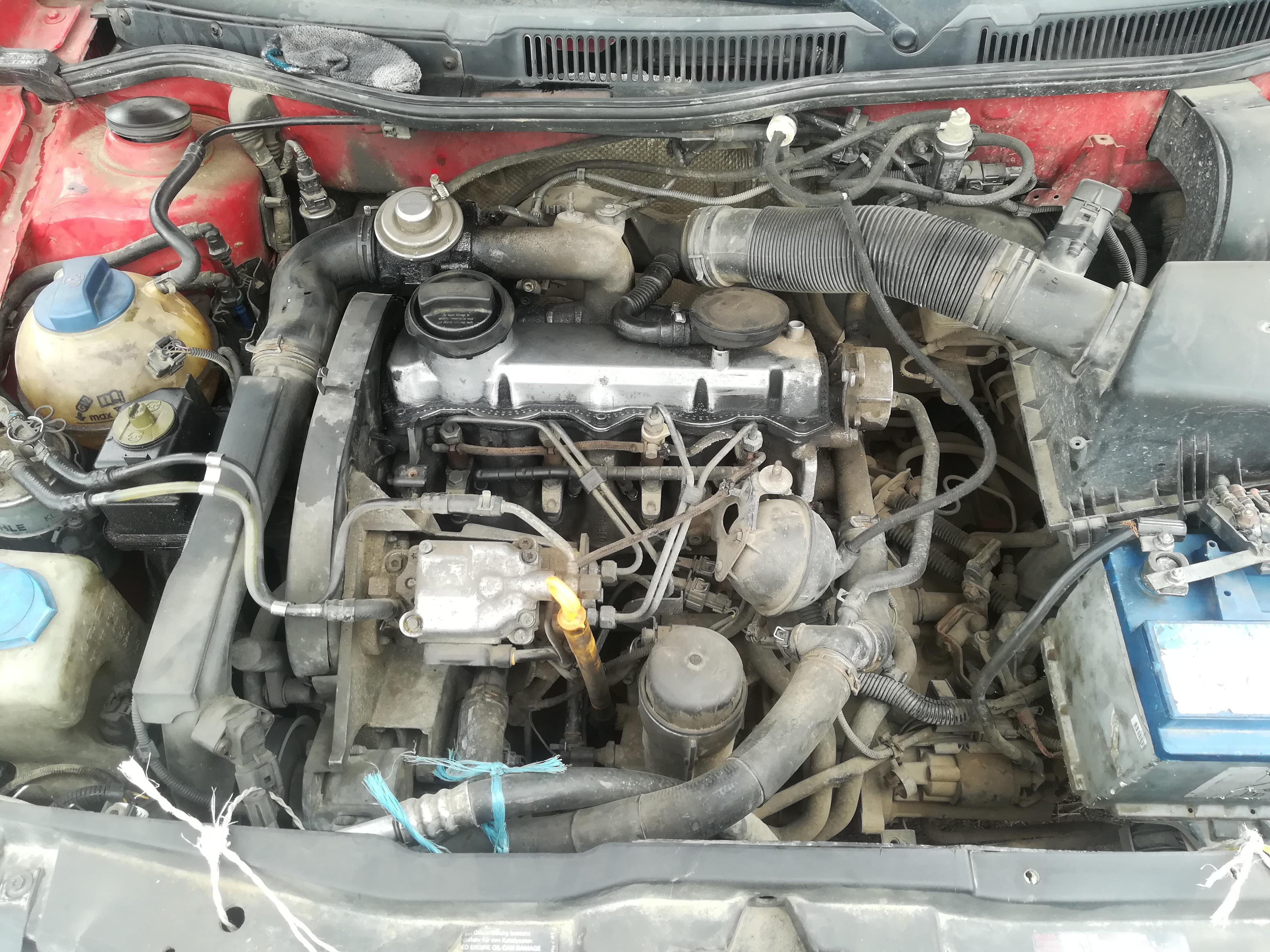 Подержанные Автозапчасти Foto 2 Volkswagen GOLF 1999 1.9 машиностроение хэтчбэк 2/3 d. красный 2019-4-11 A4414
