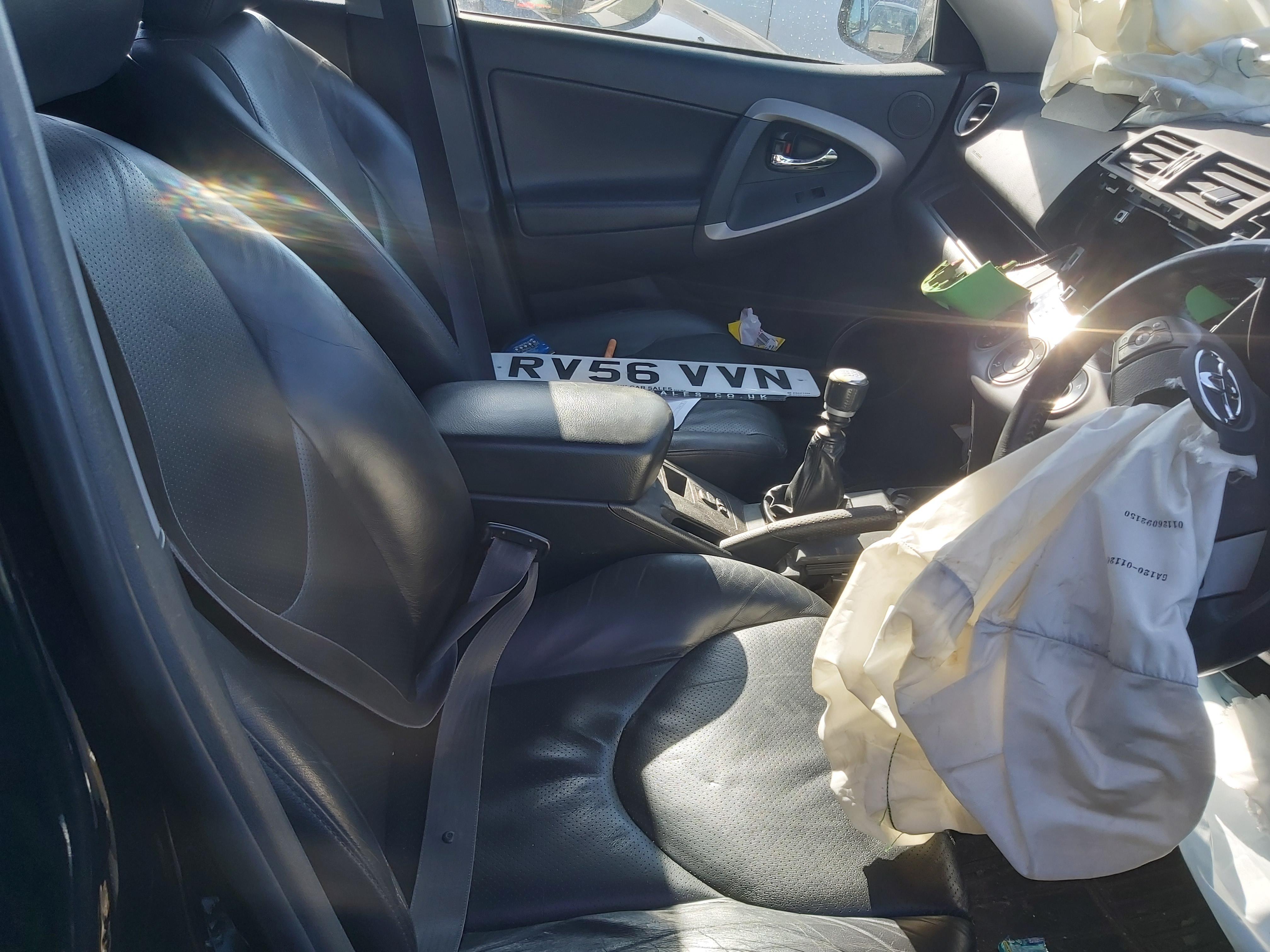 Подержанные Автозапчасти Foto 9 Toyota RAV-4 2006 2.2 машиностроение напрямик 4/5 d. черный 2020-3-24 A5153