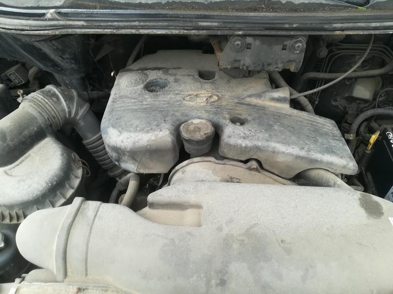 Naudotos automobiliu dallys Foto 2 Hyundai H200 1999 2.5 Mechaninė Krovininis mikroautobusas 2/3 d. Melyna 2019-7-26 A4657