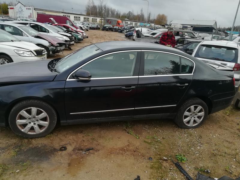 Naudotos automobiliu dallys Foto 9 Volkswagen PASSAT 2007 2.0 Mechaninė Sedanas 4/5 d. Juoda 2019-10-28 A4866