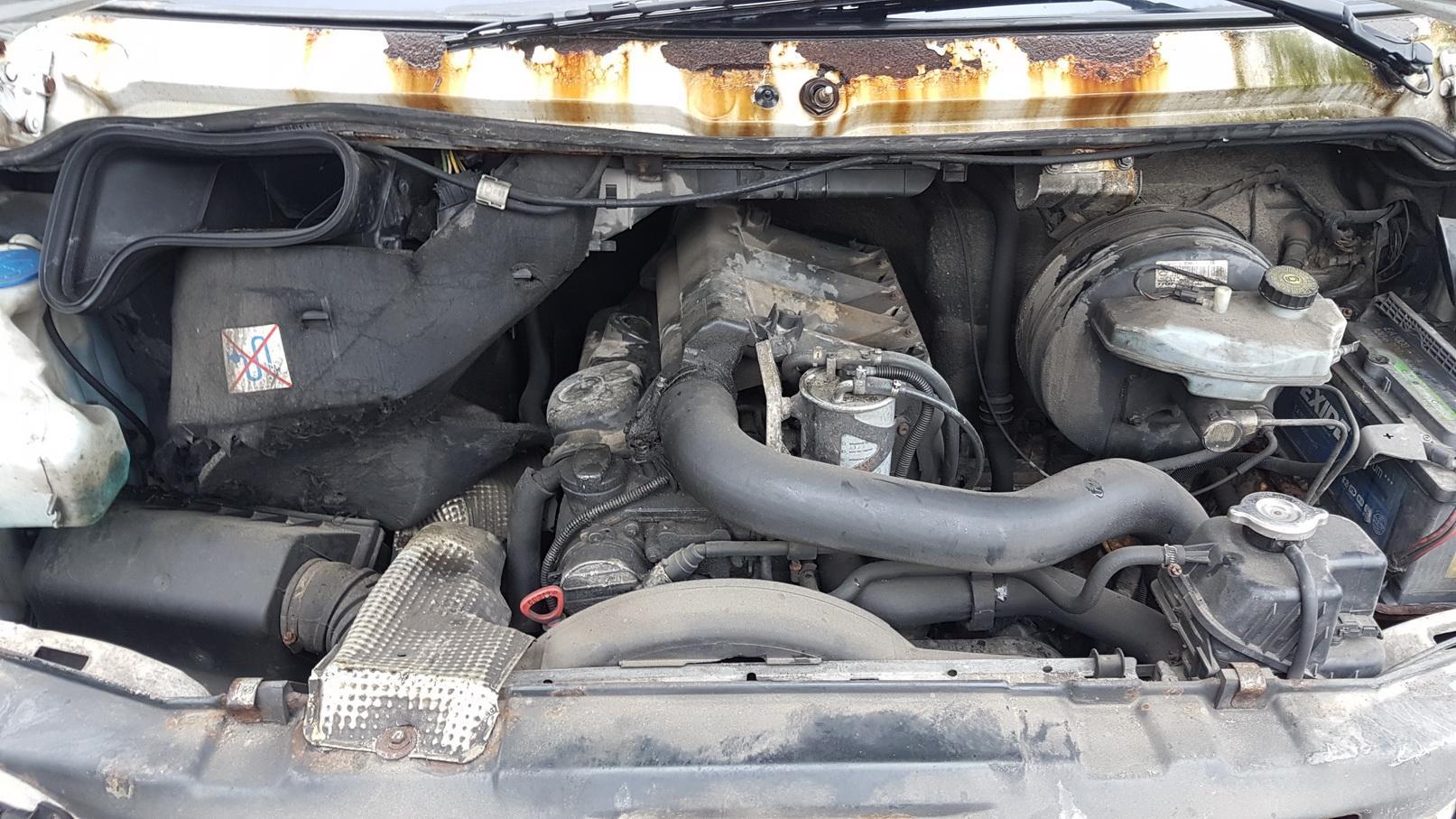 Naudotos automobiliu dallys Foto 3 Mercedes-Benz SPRINTER 1997 2.3 Mechaninė Komercinis 2/3 d. Balta 2018-6-21 A3888