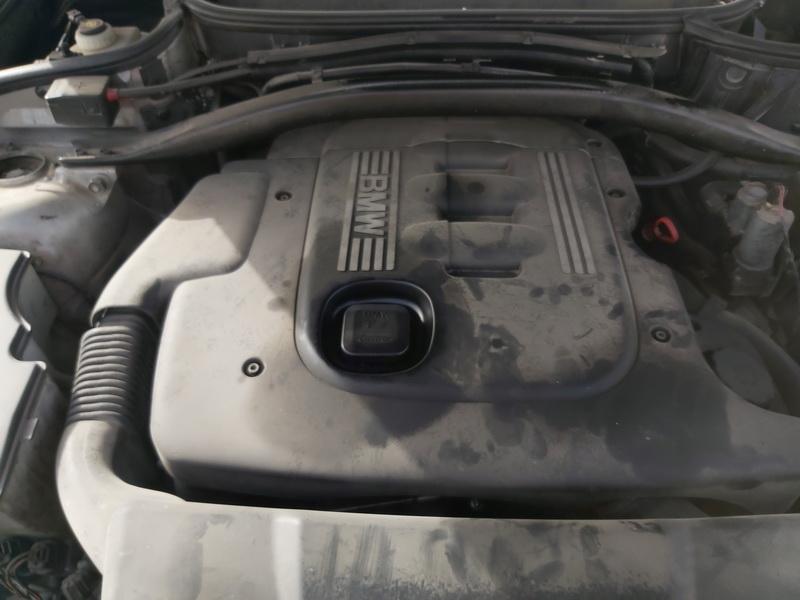 Naudotos automobiliu dallys Foto 2 BMW X3 2006 2.0 Mechaninė Visureigis 4/5 d. Juoda 2020-10-01 A5705