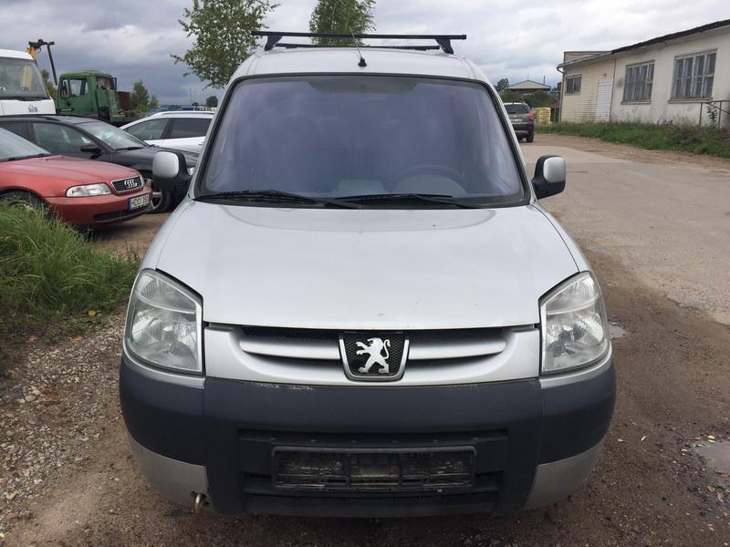 Naudotos automobilio dalys Peugeot PARTNER 2005 2.0 Mechaninė Komercinis 4/5 d. Sidabrine 2018-9-12