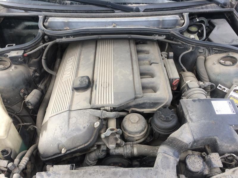 Подержанные Автозапчасти Foto 3 BMW 3-SERIES 2000 2.0 машиностроение седан 4/5 d. зеленый 2018-6-13 A3867